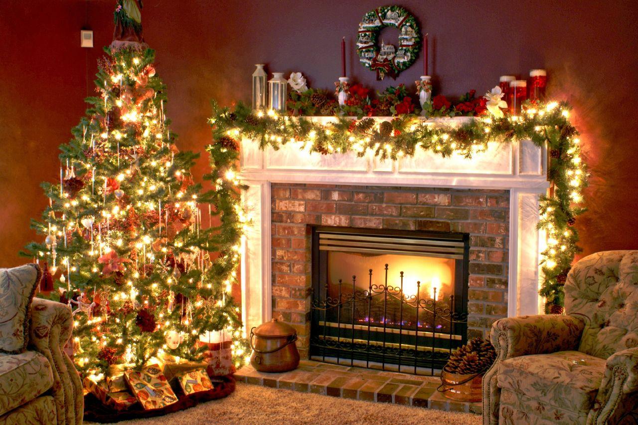 christmas-tree-fireplace1